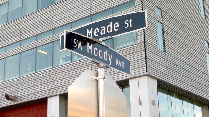 Moody Ave at Meade St